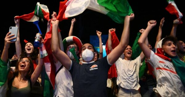 Italy fans celebrate